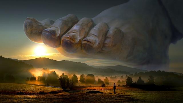 創建の目的は王城火防鎮護と悪神退散