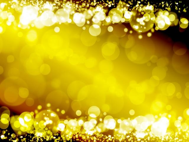 金色の鐘をつき参拝開始