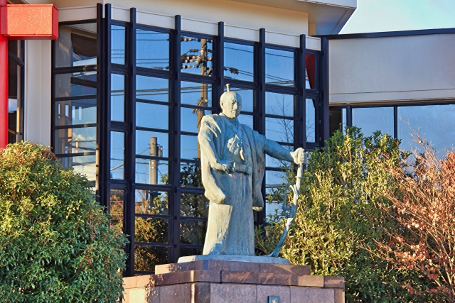 劔神社本殿、織田神社本殿は県指定文化財