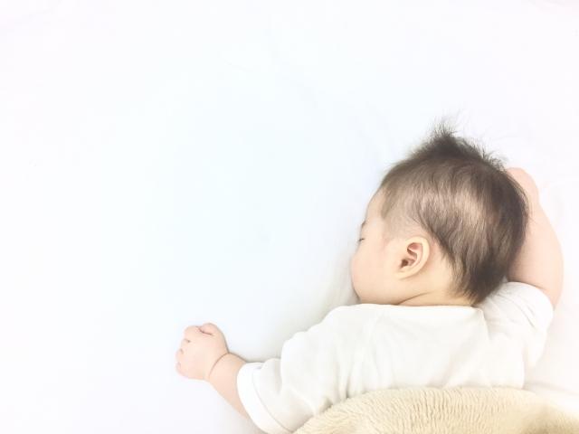 寿石を触って子宝祈願