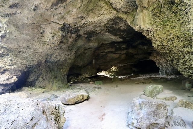 ニャティヤ洞|沖縄県のパワースポット/神社|パワースポット検索/神社検索。