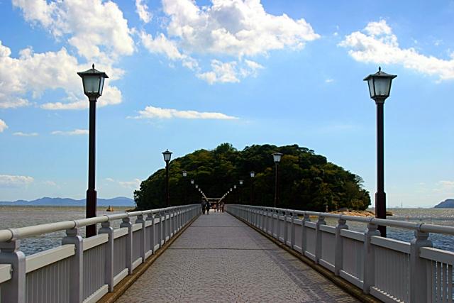 縁結びの橋
